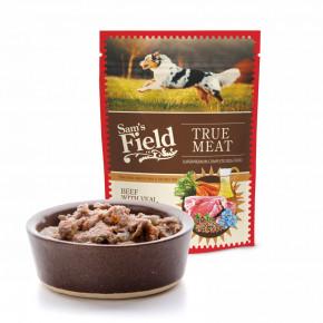 Sam's Field True Meat Beef with Veal, Carrot & Lingonberry, šťavnaté masové kapsičky hovězí stelecím, mrkví a brusinkami pro psy, 260g (superprémiové kapsičky pro psy)